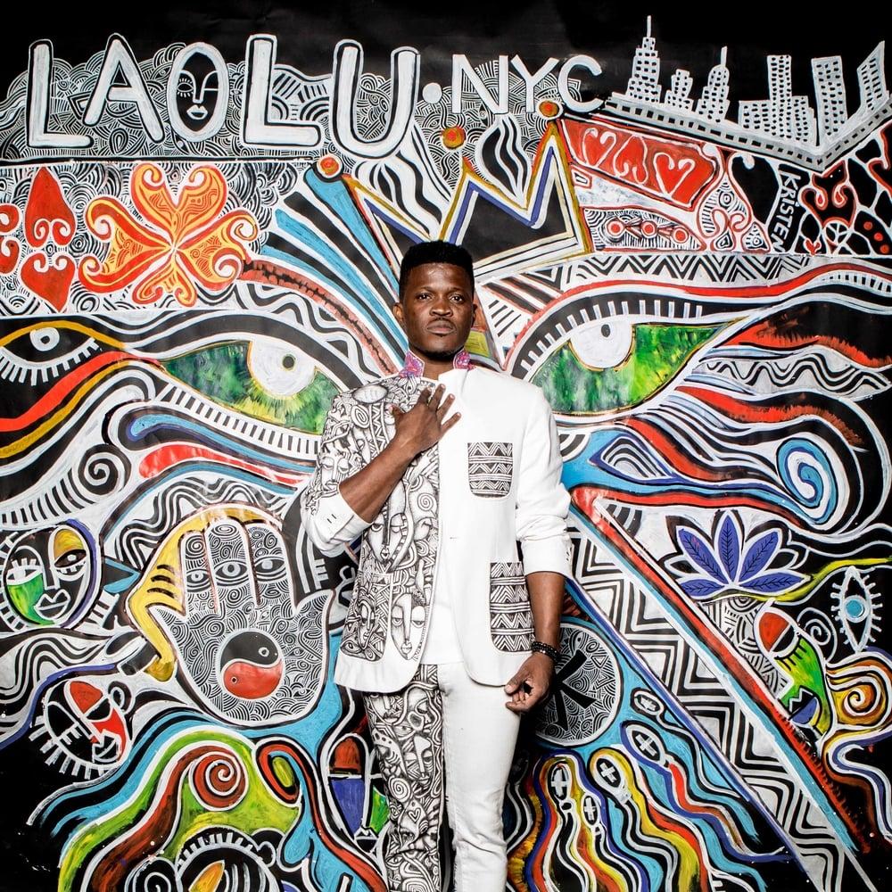 LAOLU SENBANJO, un artiste africain rejoint les rangs de Nike