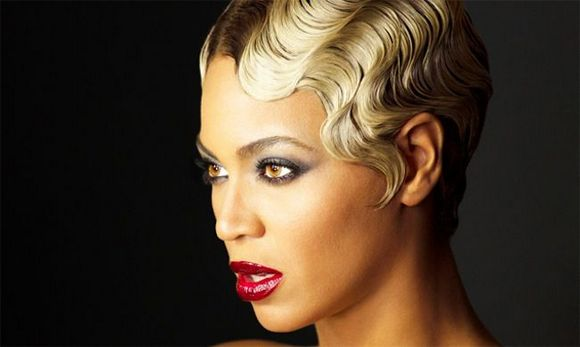 FINGER WAVES : Cette coiffure old-school fait son come-back