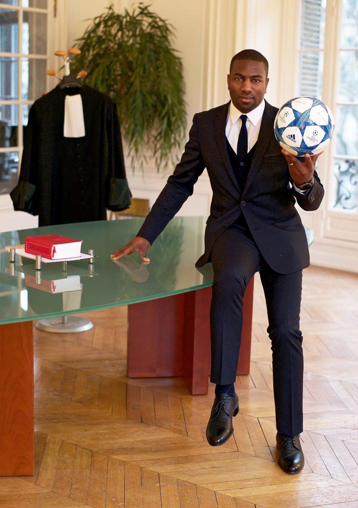BADOU SAMBAGUÉ : Des terrains de foot au barreau de Paris