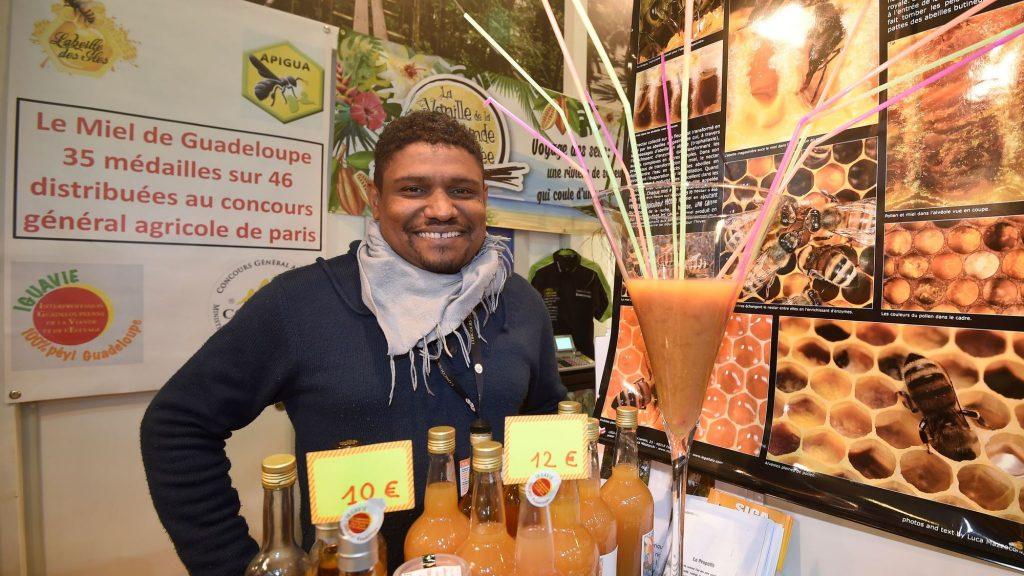 BENOÎT FOUCAN : Le Guadeloupéen élu meilleur apiculteur de France