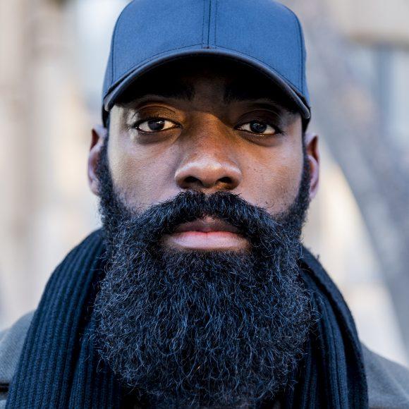 HENRY EKAMBI : Secrets d'un homme à barbe