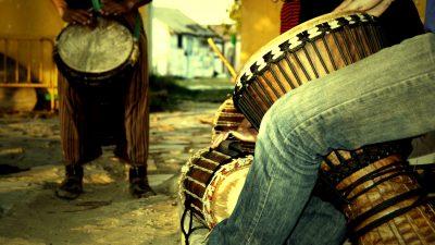 DJEMBÉ : L'instrument des Numu