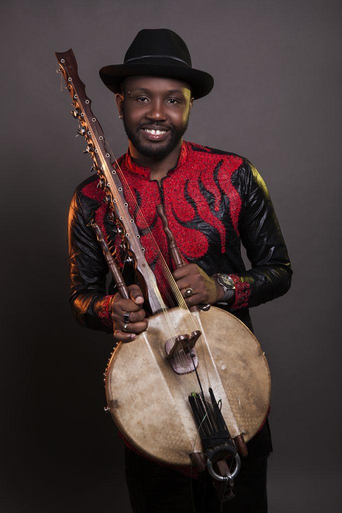 KANDIA KORA : Le virtuose