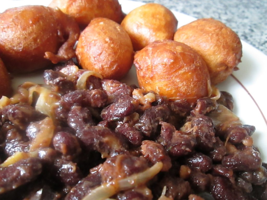 BEIGNETS/HARICOTS : Le duo gagnant