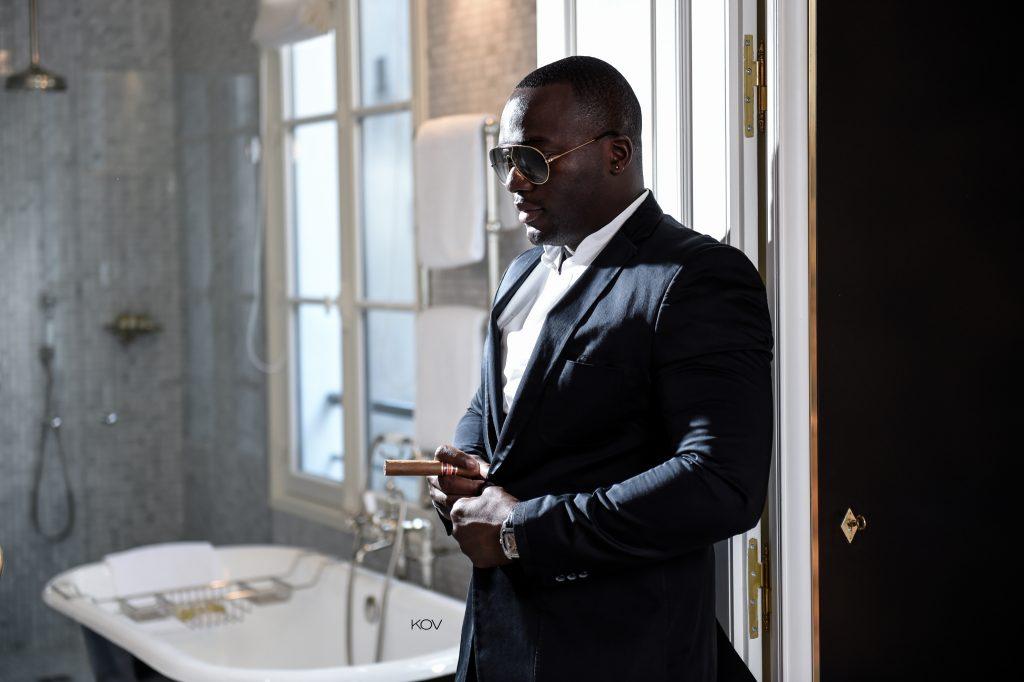 THÉO PARIS : «Les passionnés ont vécu, les raisonnables ont duré»