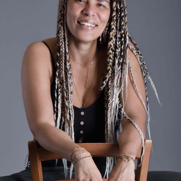 MAÏKA LABINSKY, fondatrice du CURLSHOP : Naturalista, AfroFéministe & Boss Lady