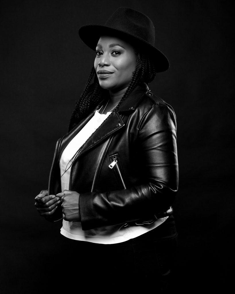 KARINE ÉCOUÉ : Fondatrice d'Eleya Management